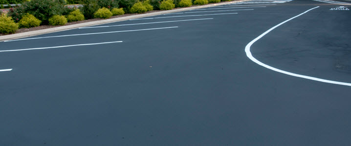 white line painting in Solihull Birmingham UK West Midlands by Driveways Solihull